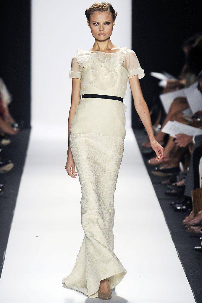 Carolina Herrera Spring 2009 Ready-to-Wear Fashion Show - Magdalena Frackowiak