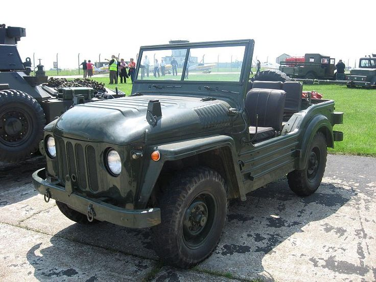 "The Austin Champ was designed to meet a British army specification of the late 1940s, FV1800, and is based in the Morris Gutty prototype. The Champ is powered by a 2.8L 4cyl petrol engine by Rolls Royce. The engine is fully enclosed for wading and working on it is ""difficult""."