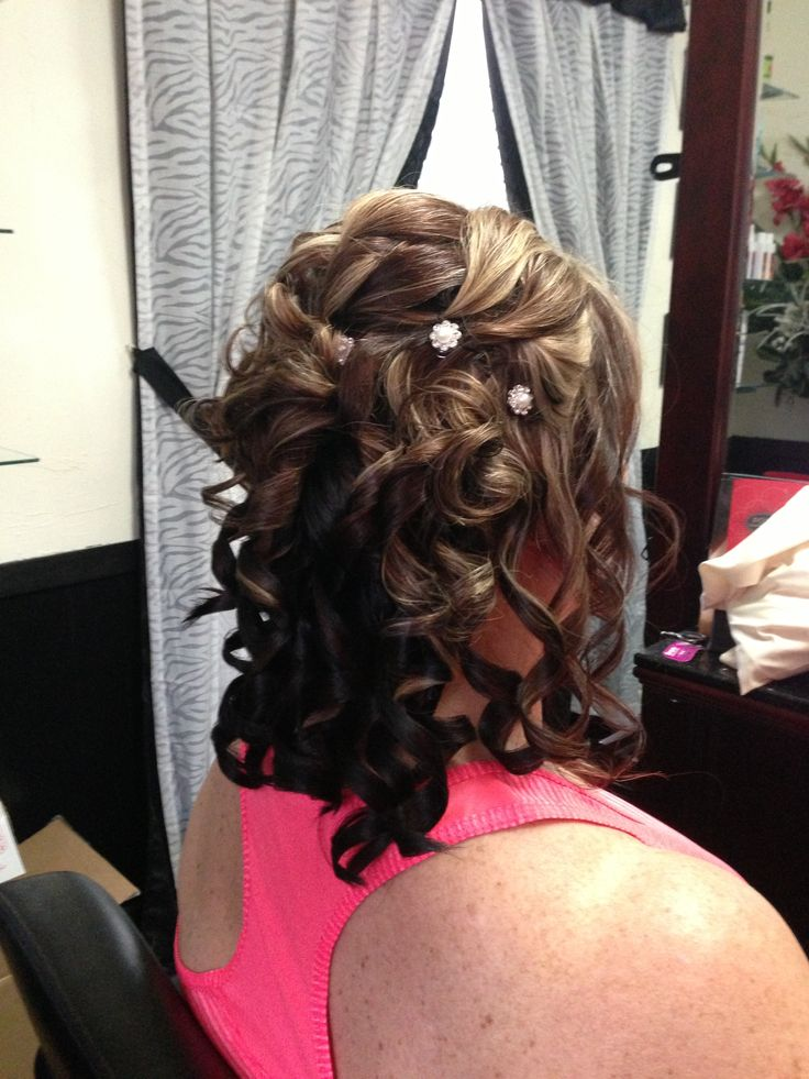 Mother Of The Bride Half Updo Hair By Cori In 2019