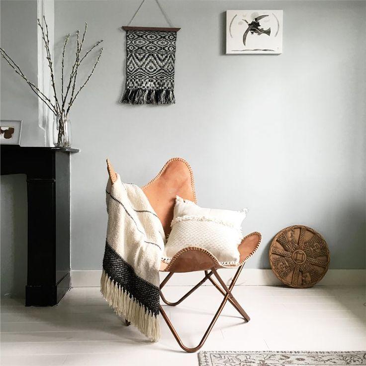 Kruip je lekker warm op de bank met het zachte Berber Offwhite plaid van Malagoon of hangt hij als woonaccessoire stijlvol over een stoel of houten ladder in huis? Het mooie plaid is gegarandeerd de knusse sfeermaker in jouw huis!