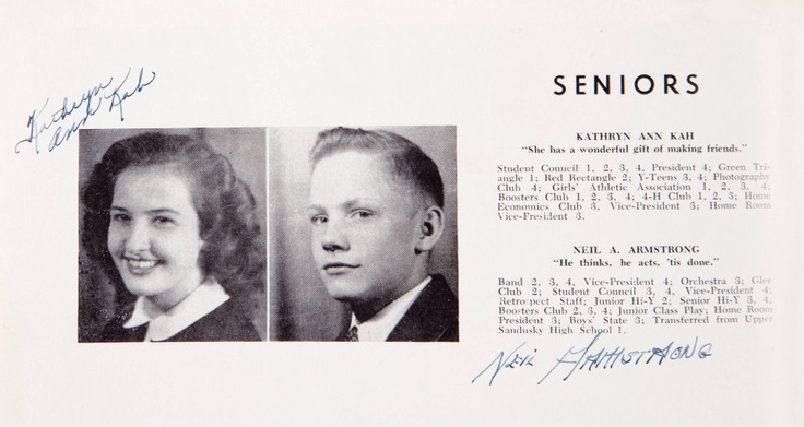 Foto de Neil Armstrong no anuário da sua turma. (1940-50)    Fonte: http://www.retronaut.com/2012/11/neil-armstrongs-high-school-yearbook-photo/