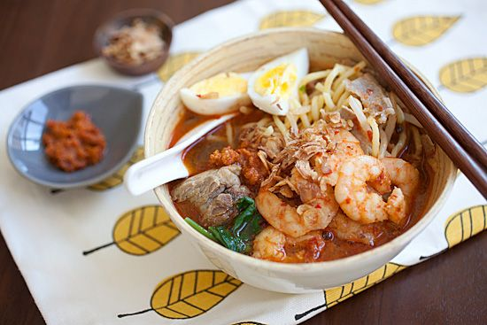 Penang Hokkien Mee Recipe (Prawn Mee / Har Meen / Mee Yoke / 福建虾面): Recipe Prawn, Prawn Noodles, Noodles Recipe, Asian Food, Asian Noodles, Noodles Soups, Noodle Soups, Mee Recipe, Soups Noodles