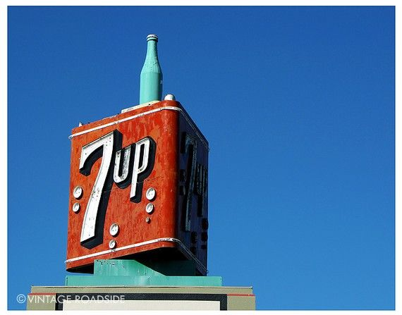 7up hollywood icon
