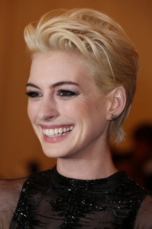 Since when was Anne Hathaway blonde?? Kinda like it though - change is always good!