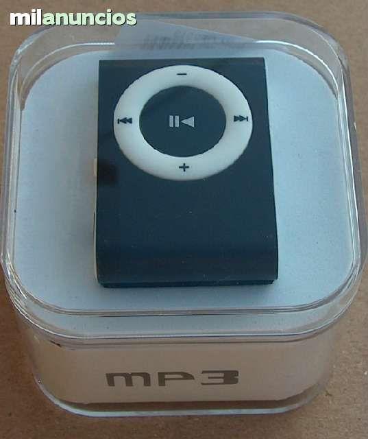 Peque�o reproductor de mp3 disponible en varios colores con caja, auriculares y toma usb incluidos. tambi�n con ranura para tarjeta micro sd forma de pago a elegir (paypal, reembolso, giro etc. )