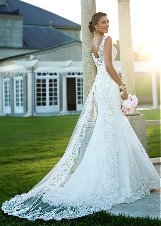 Gorgeous Tulle V-neck Natural Waistline A-line Wedding Dress