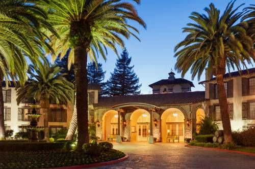 Embassy Suites Napa Valley Napa (California) Set in the heart of Northern California's famed Napa and Sonoma wine country, the Embassy Suites Napa Valley features spacious 2-room accommodations along with an exceptional variety of on-site amenities and facilities.