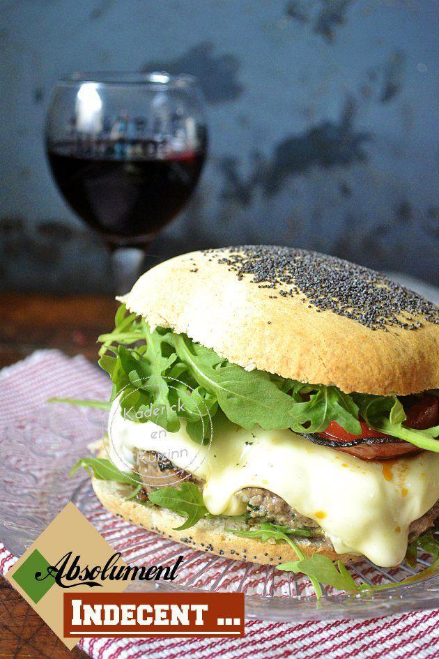 Dégustation du cheeseburger classic qui est absolument indécent - Kaderick en Kuizinn©