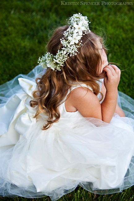 Book in your little ones communion or confirmation appointments and don't forget to bring in any hair accesories so are stylists can place them perfectly :) www.DIMILO.ie #DiMiloHair