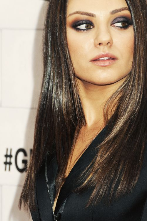 Mila Kunis i love her makeup in this pic <3