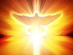Você conhece a oração universal ao Espírito Santo? Conheça, compartilhe e reze, diariamente, clamando pelos dons do Espírito em sua vida