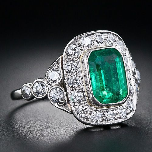 Diamond and emerald art deco ring, c. 1930