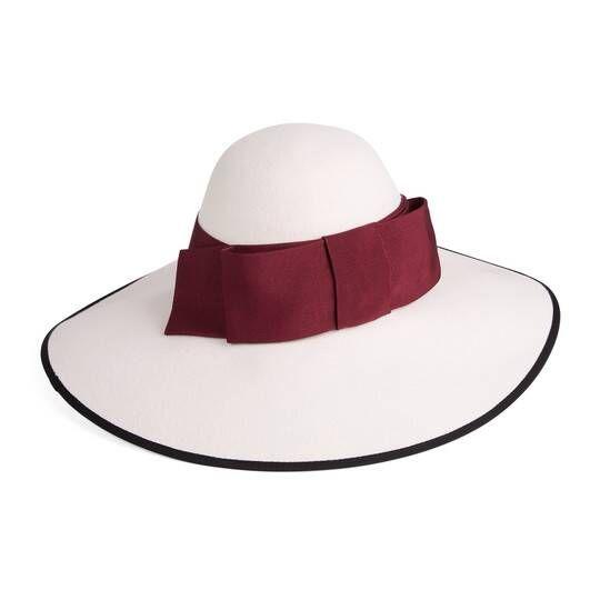 f4aaee74da GG wide brim hat with snakeskin ในปี 2019 | gucci