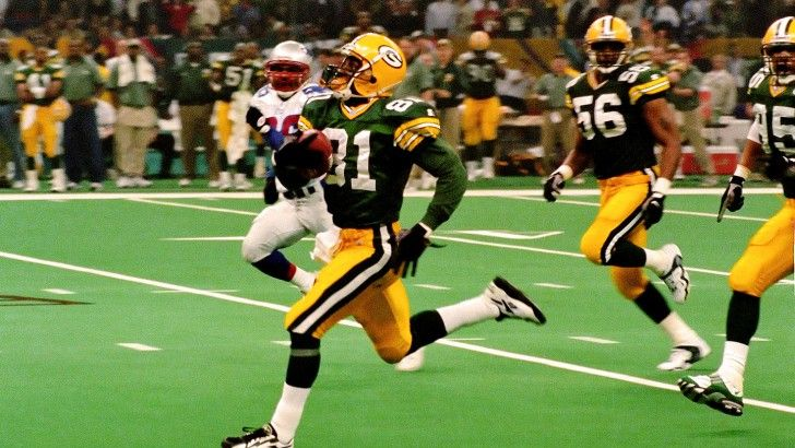 Click visit to take the full quiz! In Super Bowl XXXI, Desmond Howard's 99-kick return touchdown helped this team win their third Super Bowl.Howard won the Super Bowl XXXI Most Valuable Player Award in the Packers' 35-21 win over the New England Patriots. (Photo: ESPN.com) -- Answer: Green Bay Packers -- #Sports