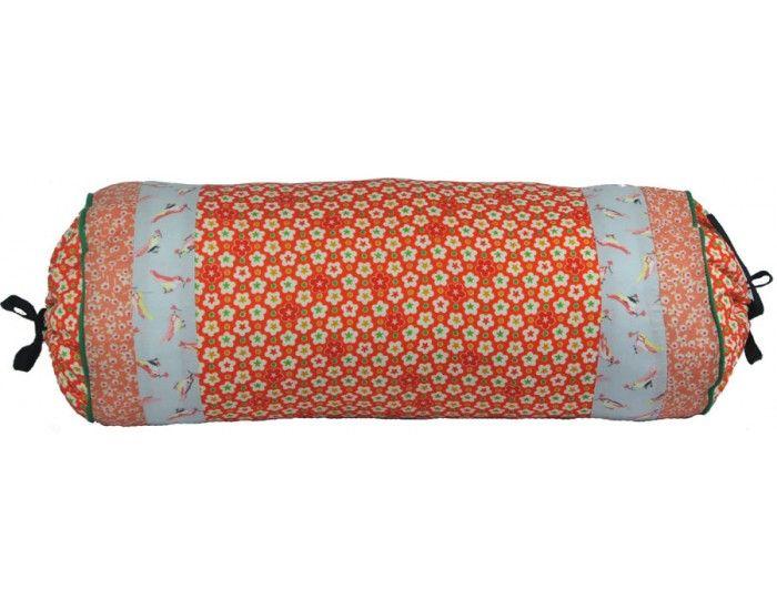 Coussin forme polochon tissu japonais cr ation de la boutique de l 39 imaginaire coussins - Differente forme de coussin ...