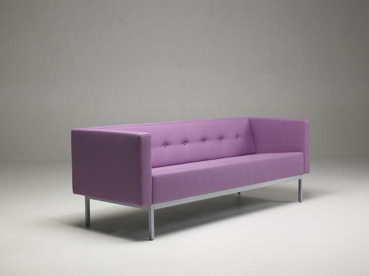 Artifort > Collection > Sofas > C070