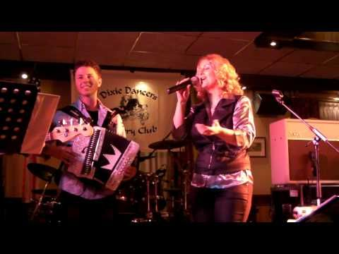 The Dixie Aces featuring Dwayne Verheyden - YouTube