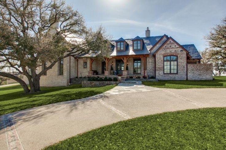 25 best texas ranch homes ideas on pinterest texas for Texas ranch style house