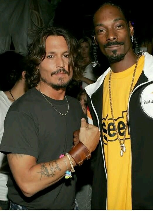 Johnny Depp & Snoop Dogg ~ That could be a dangerous duo ;)