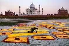 Steve McCurry :: Sunrise Sunset / India