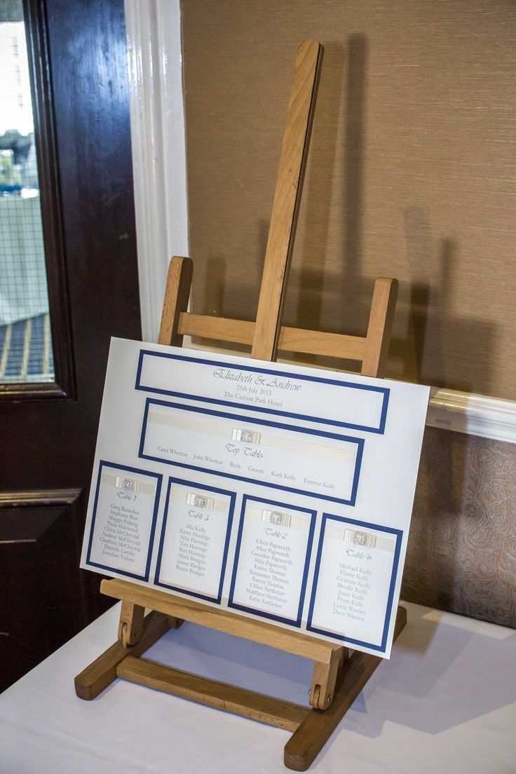 Navy blue and white seating plan to match your Wedding Day's colour scheme.