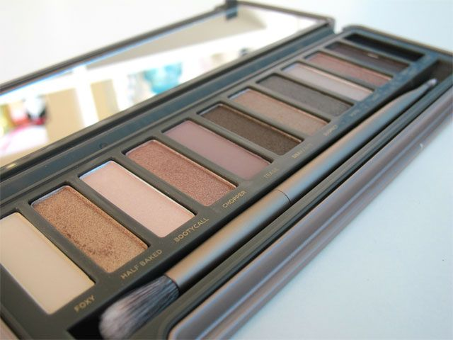 Urban decay naked 2 palette tutorial: How to get a bronze smokey eye