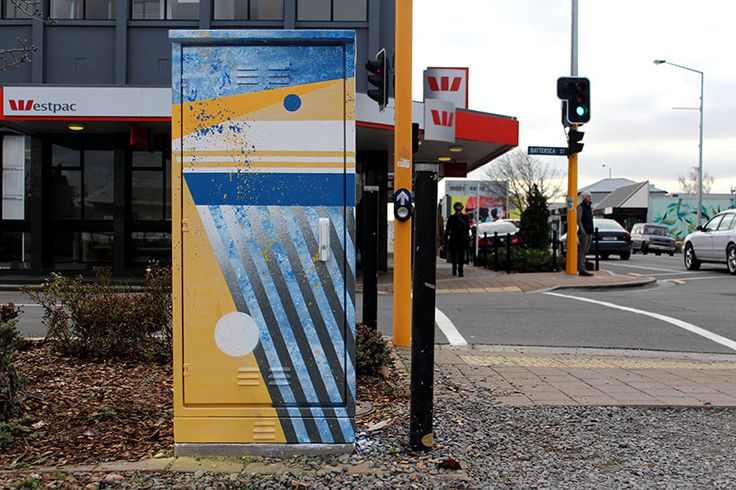 I just completed painting two traffic light boxes up in Christchurch. A massive thanks to Chiristchurch City Council for commissioning the works and further more brightening up the city :))))