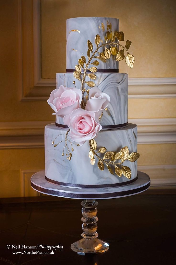 The Pretty Cake Company, Witney Oxfordshire shows just how ...