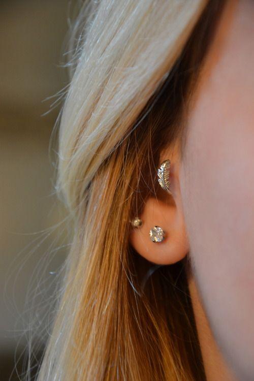 Leaf tragus earring. Super cute