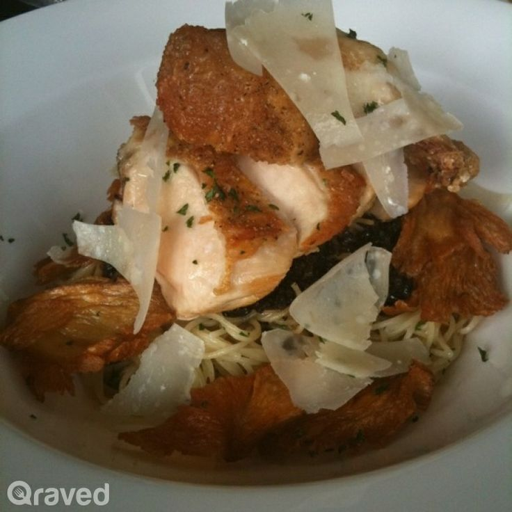Spaghetti Organic Chicken Breast at Huize van Wely Pacific Place