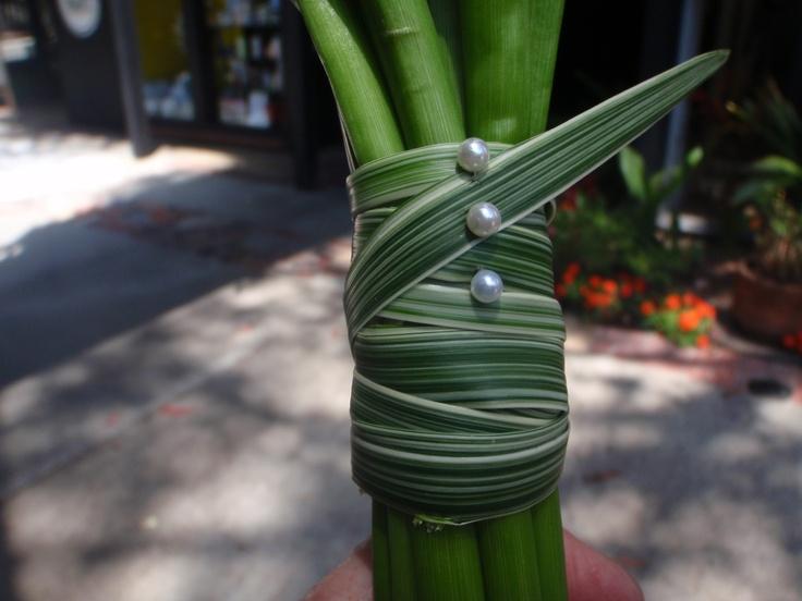 Lily Grass Wrap