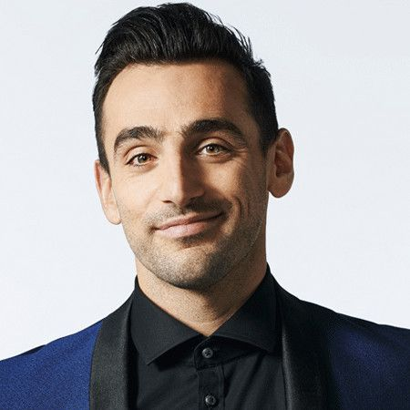 Jacob Hoggard wiki, affair, married, Gay with age, singer, Canadian Idol,
