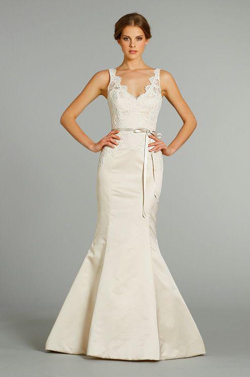 Klienfeld Bridal Gowns Alvina Valenta Mermaid Wedding Dress With V Neck Neckline And Natural Waist Waistline