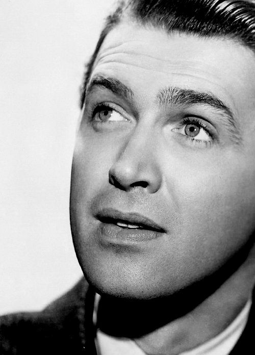 """""""Frank called me one day and said, 'I have an idea for a movie, why don't you come over and I'll tell you?' So I went over and we sat down and he said, 'This picture starts in heaven'. That shook me."""" ~ Jimmy Stewart"""