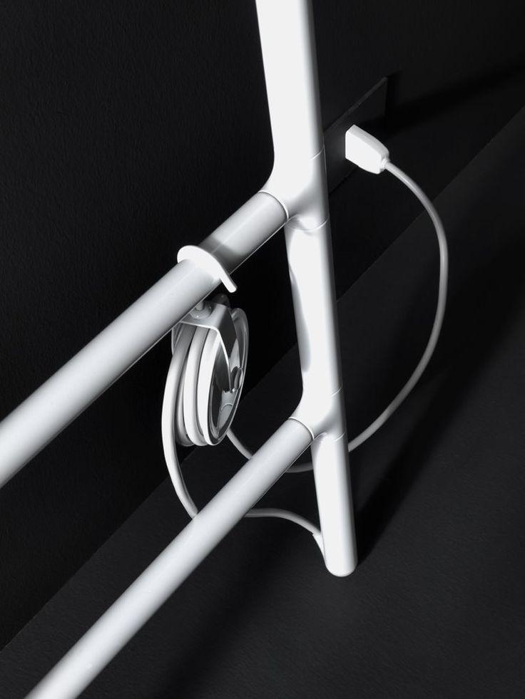 Scaletta by Tubes | Flodeau.com // #radiator #heater #ladder