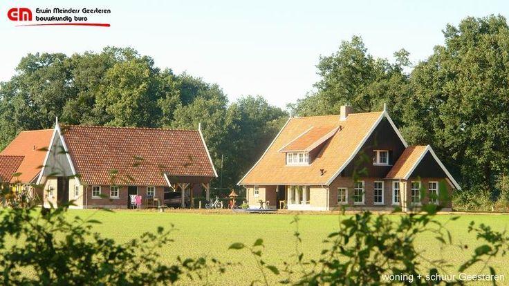 Landelijke woning + schuur in saksische stijl, met donkere eiken gevels en lichte genuanceerde steen
