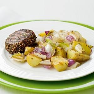 Recept - Geroosterde pepersteaks met witlof uit de wok - Allerhande
