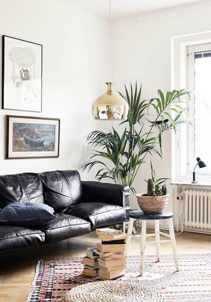 Le Noir Blanc S Invite Au Salon Elle Decoration Deco Canape