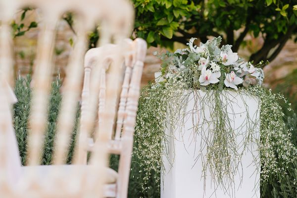 17 - A Chic Botanical Wedding Shoot in Greece