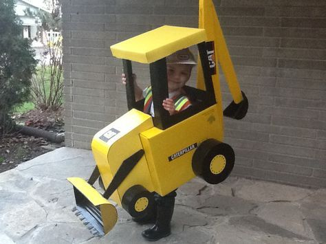 Backhoe Costume DIY #bestdadever  Toddler Kids Halloween Costume Construction Digger Cardboard  #cbckidshalloween