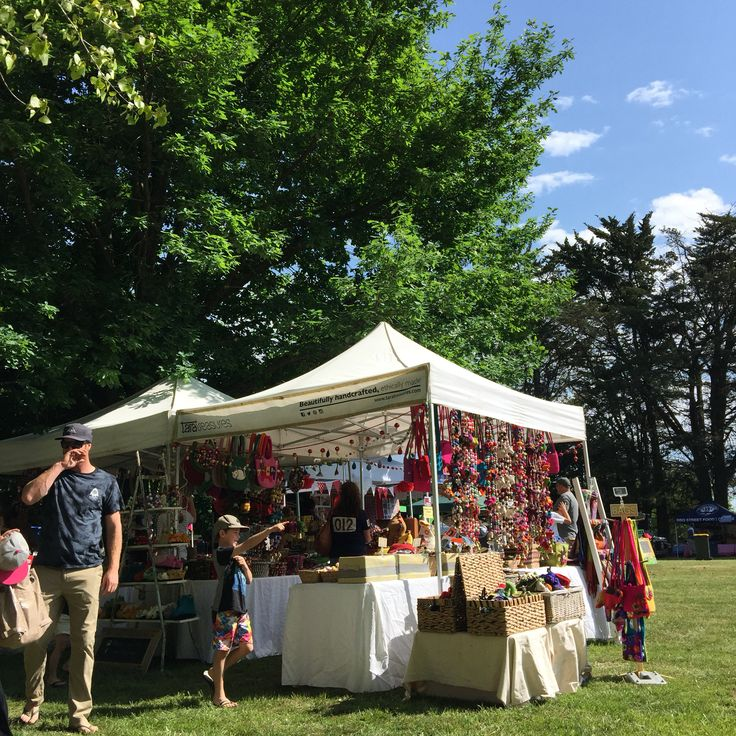 Buninyong Spring Festival. A pleasant event filled with family and kids activities.