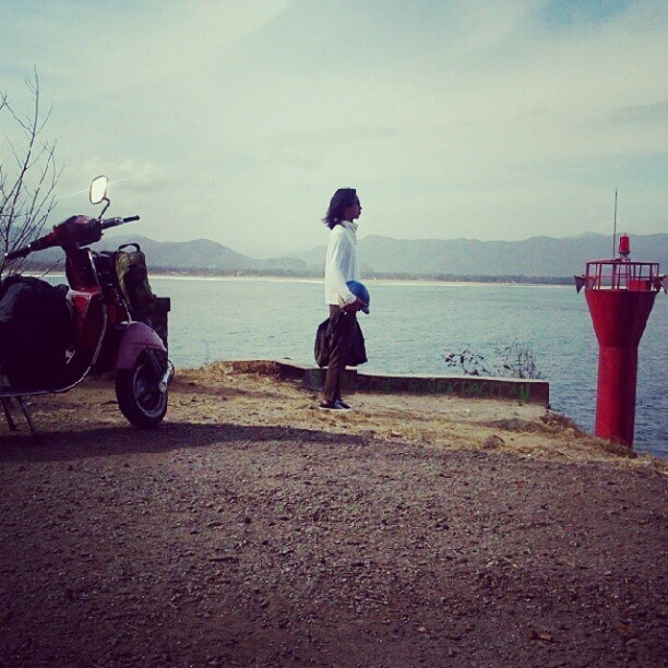 Long trip with the original #vintage #vespa PS 1986 to the east java. #goestothebeach2012 - @affairsyk- #webstagram