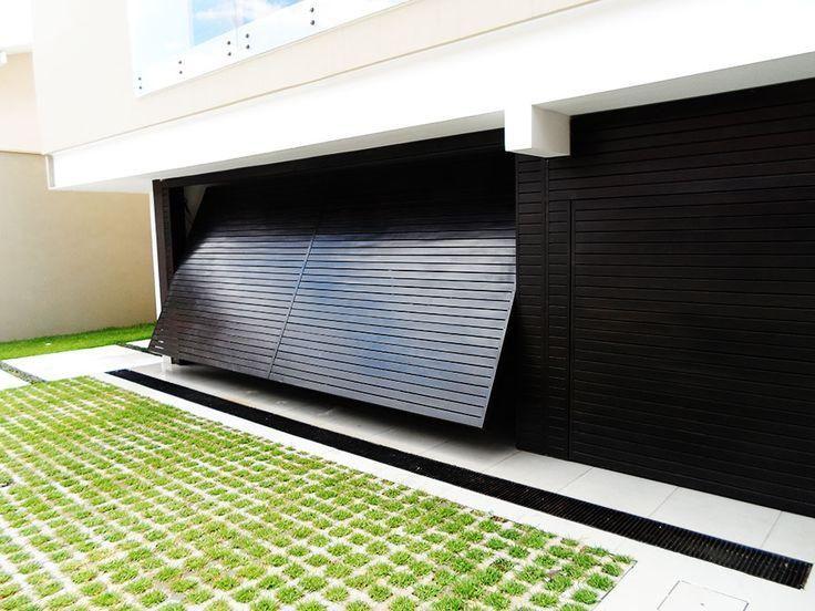 Veja os principais estilos de garagem utilizados atualmente com 50 fotos de exemplos e modelos.