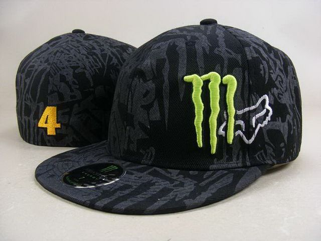 MONSTER Fitted hat 071