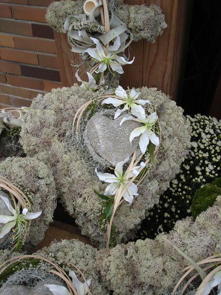 Smuteční floristika | Květiny Petr Matuška Brno - dekorace, floristika, řezané květiny, svatební kytice