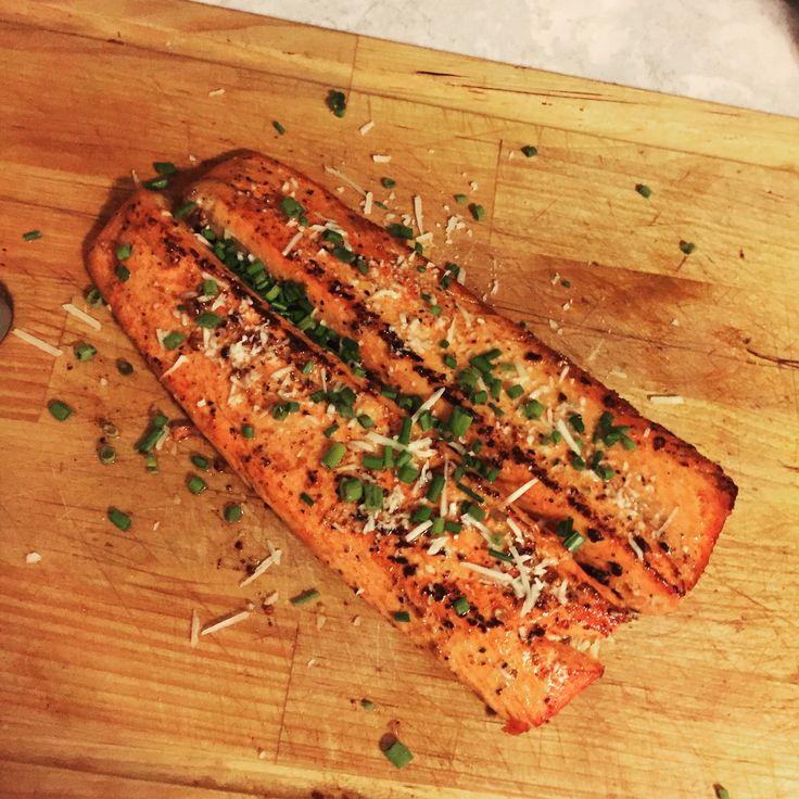 [HOMEMADE] pan seared salmon http://imgur.com/AluBPhy