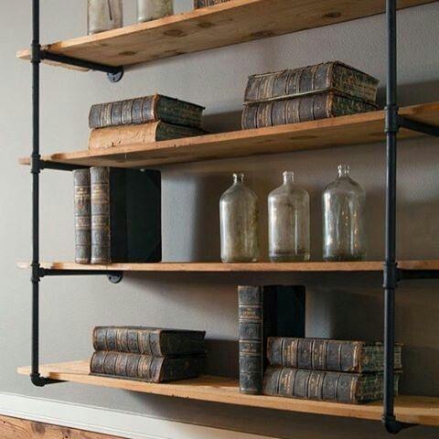 Mueble repisa de madera con fierro