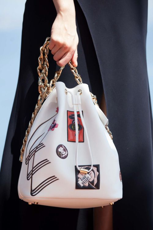 """The new Dior's """"it bag"""": Statement golden chain handle bucket bags at Dior Cruise 2016. * bag * style"""