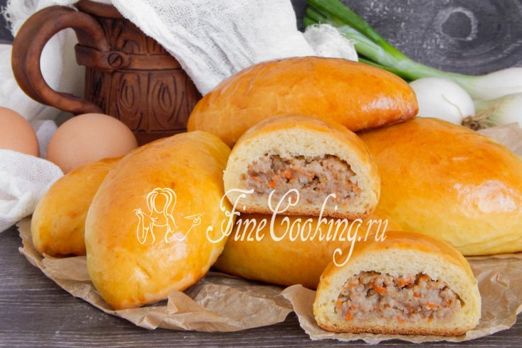 Пирожки с мясом в духовке - рецепт с фото