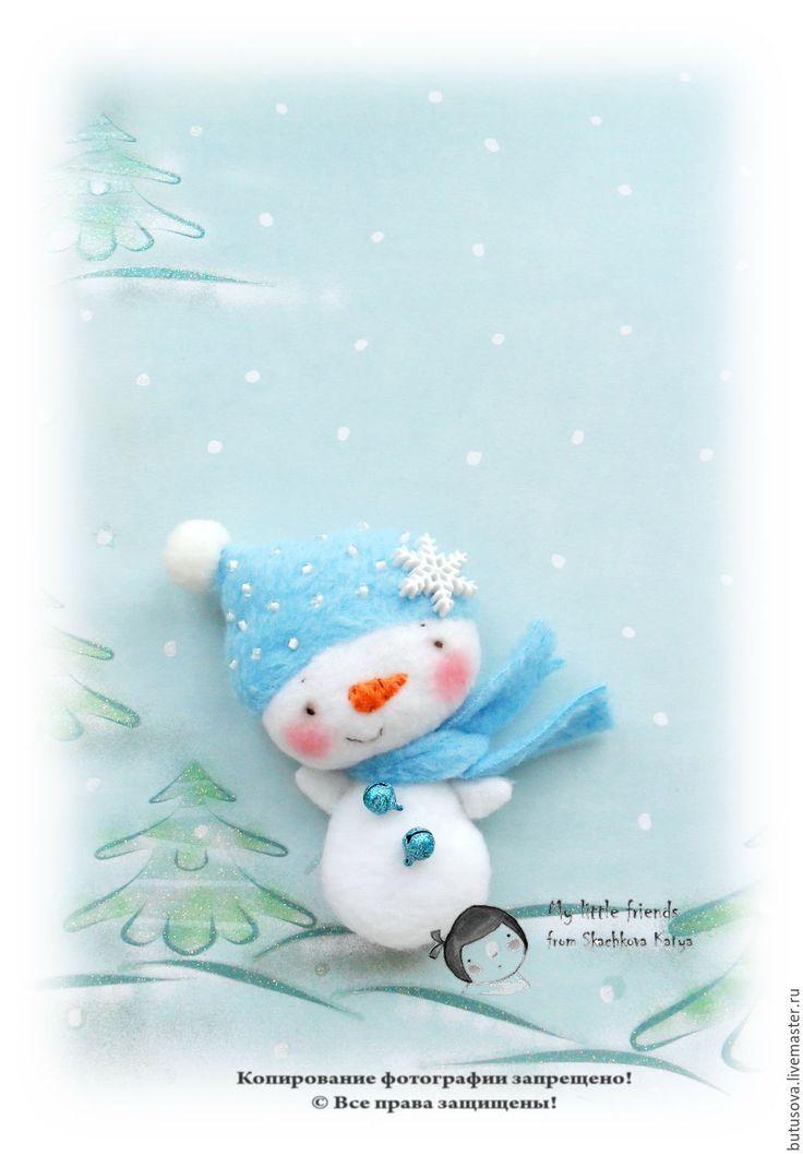 Купить МАЛЫШ-снеговичок. Миниатюрная кукла. Ёлочная игрушка. БРОШЬ. - белый, Снег, снеговик, снеговичок
